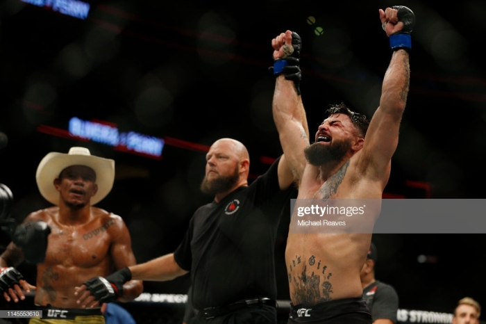 Platinum Mike Perry Gets the Job Done In Florida